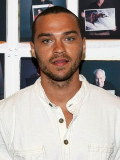 440px-Jesse_Williams_in_2008_white_shirt